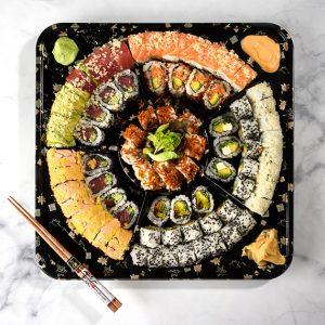 מגש סושי דגים וירקות<br><br>